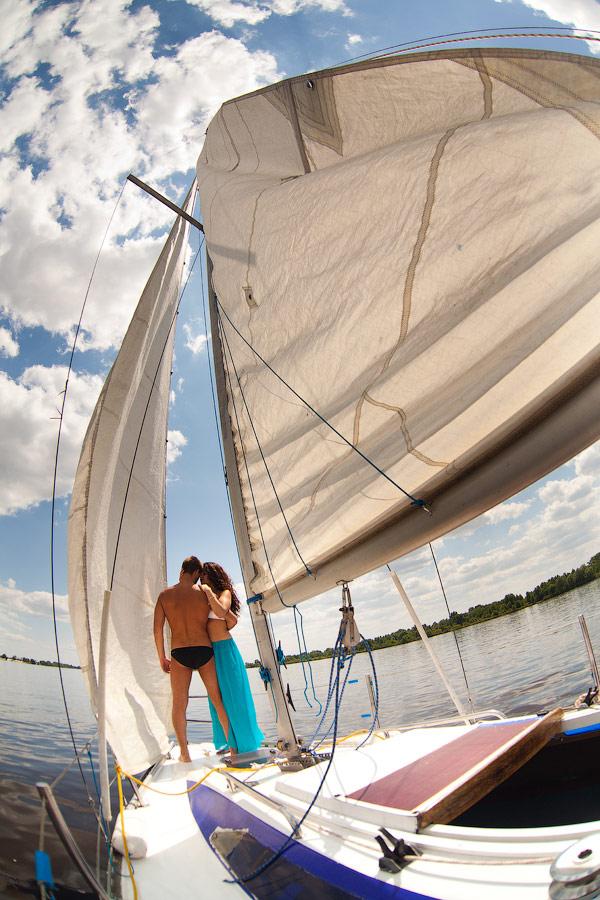 Фотосесии на яхте киев, фото на яхте в киеве, фото съёмка на яхте, аренда яхты в Киеве, романтические прогулки на парусной яхте киев